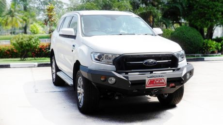 Rocker bar no loop Ford Everest