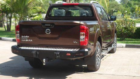 navara np300 022-01 Rocker bar rear