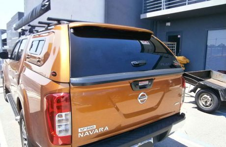 Navara-NP300-EAU-Unilift-Sports-canopy-1