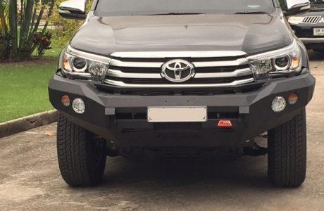 Rocker-Bar-no-loop-16-Toyota-hilux-2