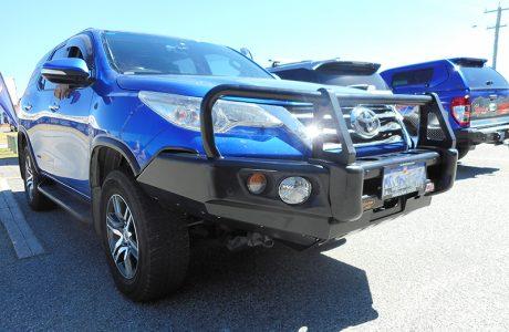 Toyota Fortuner c